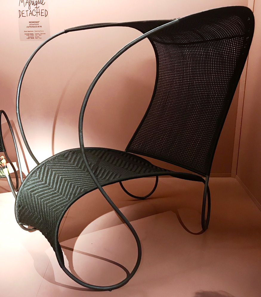 Outdoor furniture collection Modou designed by Ron Arad for Moroso photo  Angelina Vin