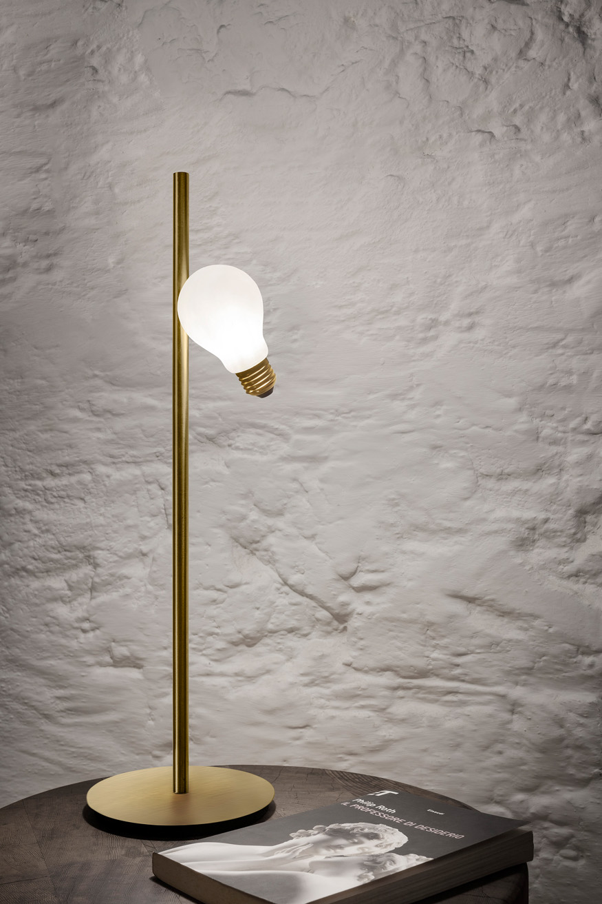 Lighting collection Idea design by Marcantonio for Slamp, photo Slamp